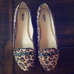 Leopard print flats size 8